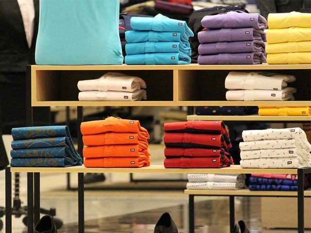 Cách treo áo thun đảm bảo chất lượng